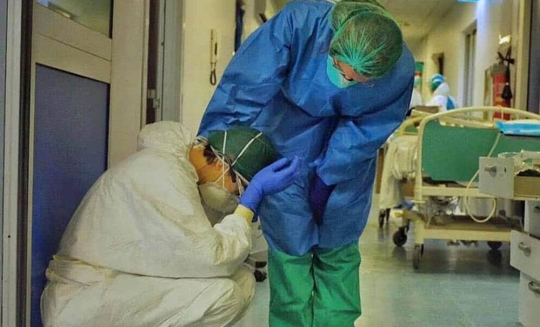 الطاقم الطبي بكورونا - حواديت اون لاين