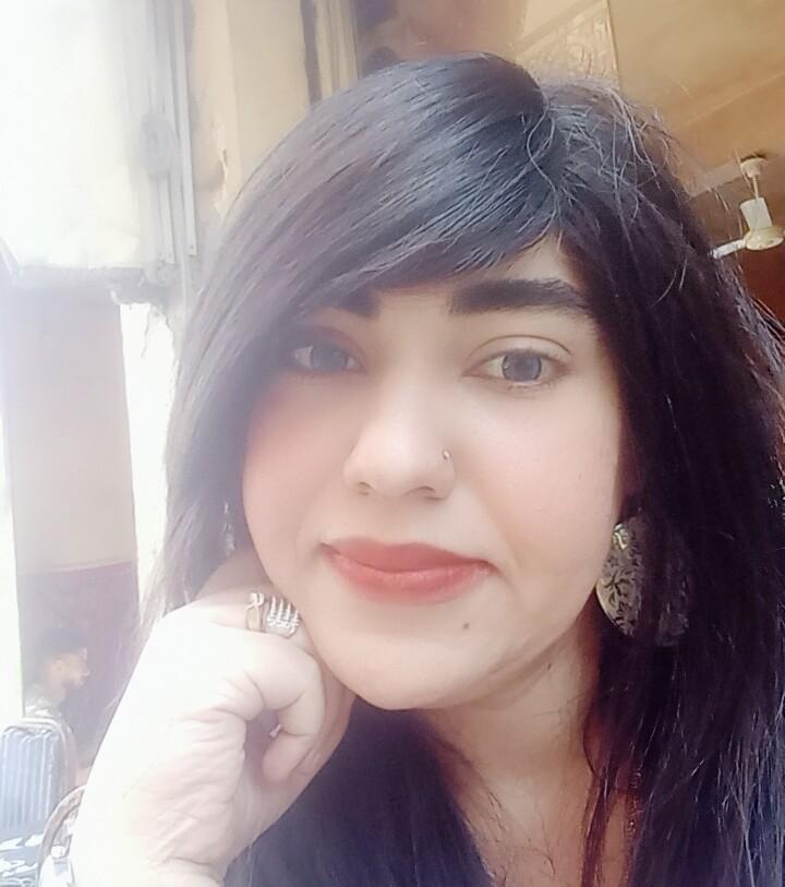 الدكتورة نادية حلمي