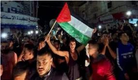 شاهد بالفيديو .. فرحه أهالي غزة بوقف إطلاق النار .. هذا ما قالوه عن مصر والرئيس السيسى